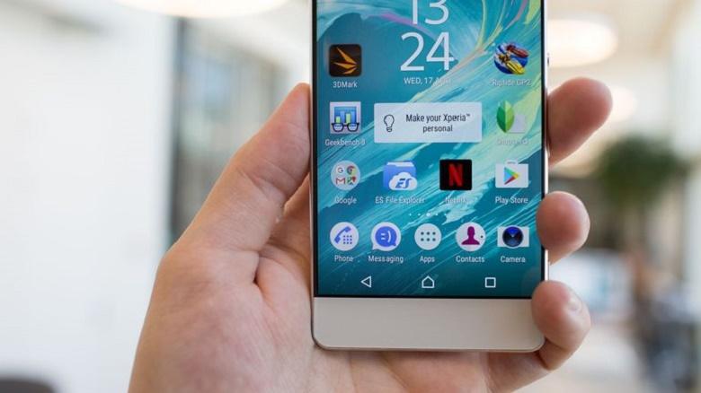 Sony Xperia XA và Sony Xperia XA Ultra ấn tượng.