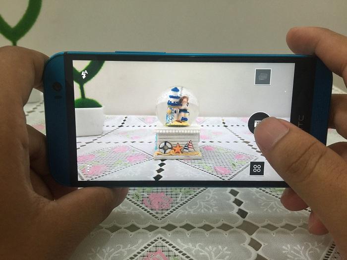 Giao diện camera HTC One M8