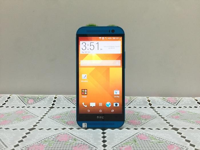 Màn hình HTC One M8
