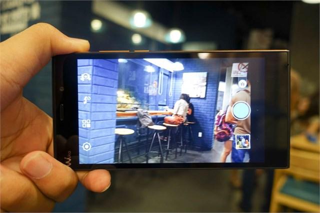 Asus Zenfone 2 màn hình 5 inch 9