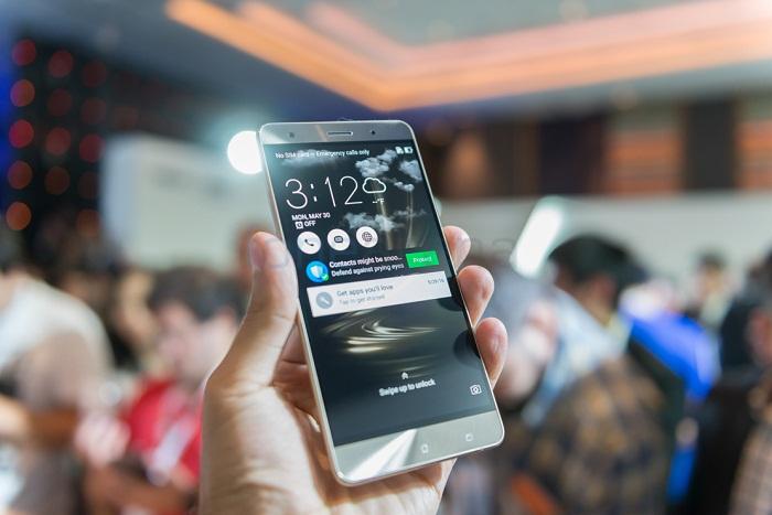 Độ phân giải Asus Zenfone 3 Deluxe RAM 6GB