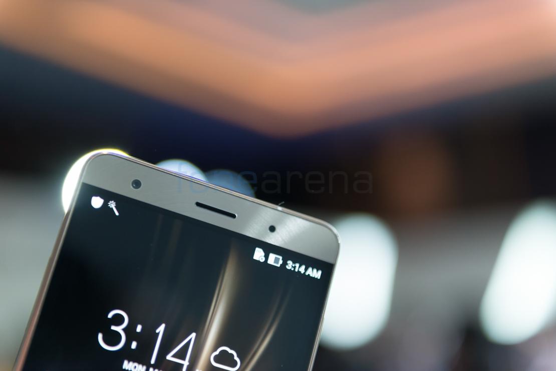 Màn hình Asus Zenfone 3 Deluxe RAM 6GB