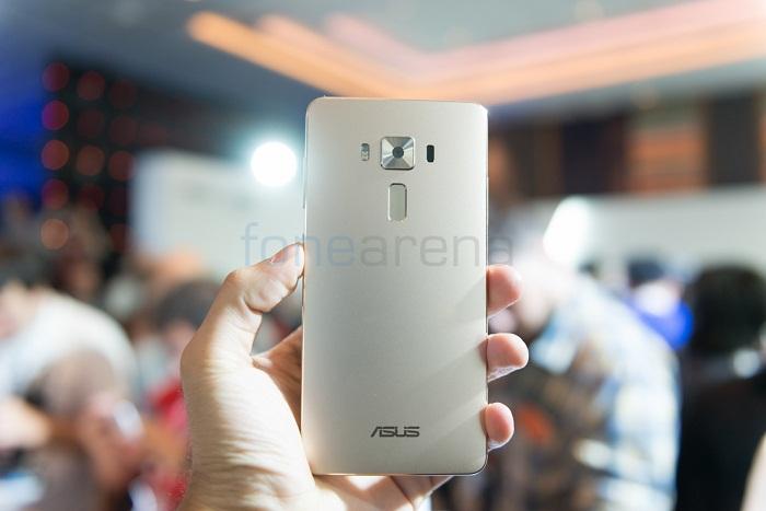 Mặt sau Asus Zenfone 3 Deluxe RAM 6GB