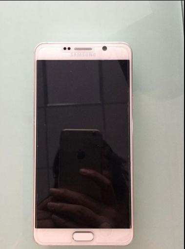 Samsung Galaxy Note 5 và Galaxy S6 Edge Plus lộ ảnh thực tế