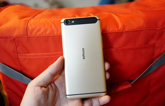 Top 4 smartphone RAM 2-3GB 1