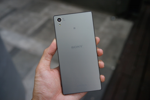 smartphone-dang-chu-y-ban-trong-thang-10-1