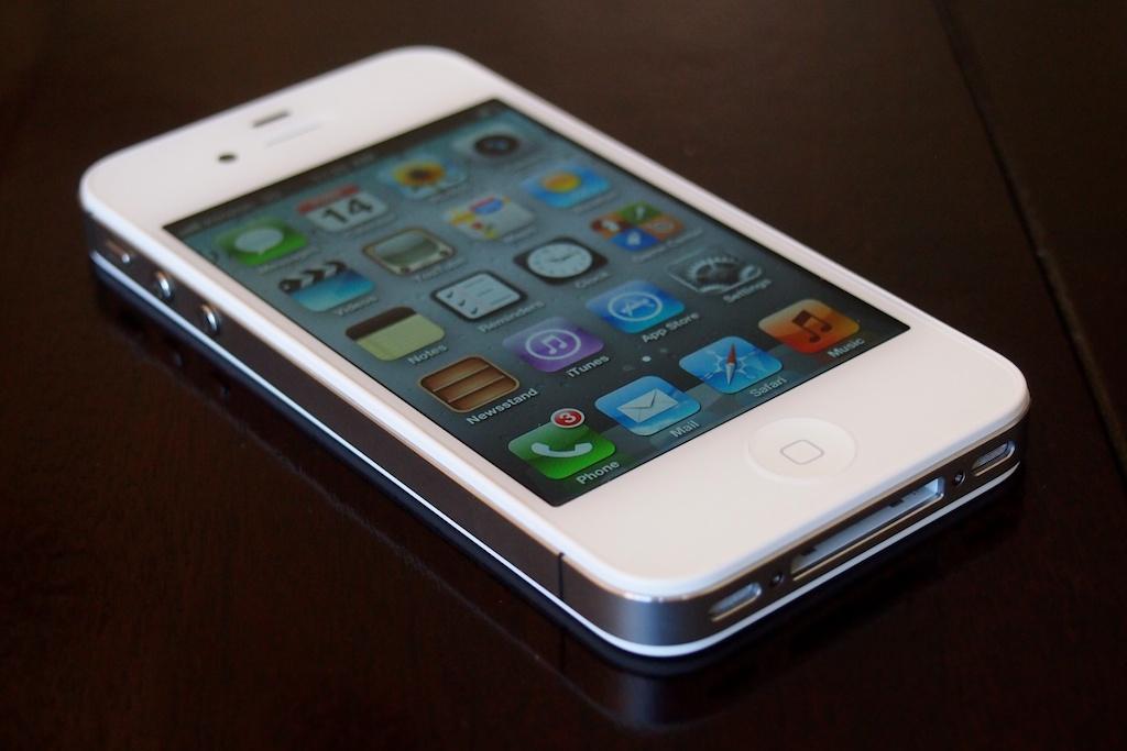 iphone-5-chua-active-giam-xuong-chi-con-5-3-trieu-dong-2