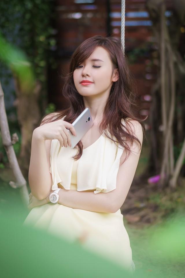 ảnh hot girl Midu và Meizu MX5 9