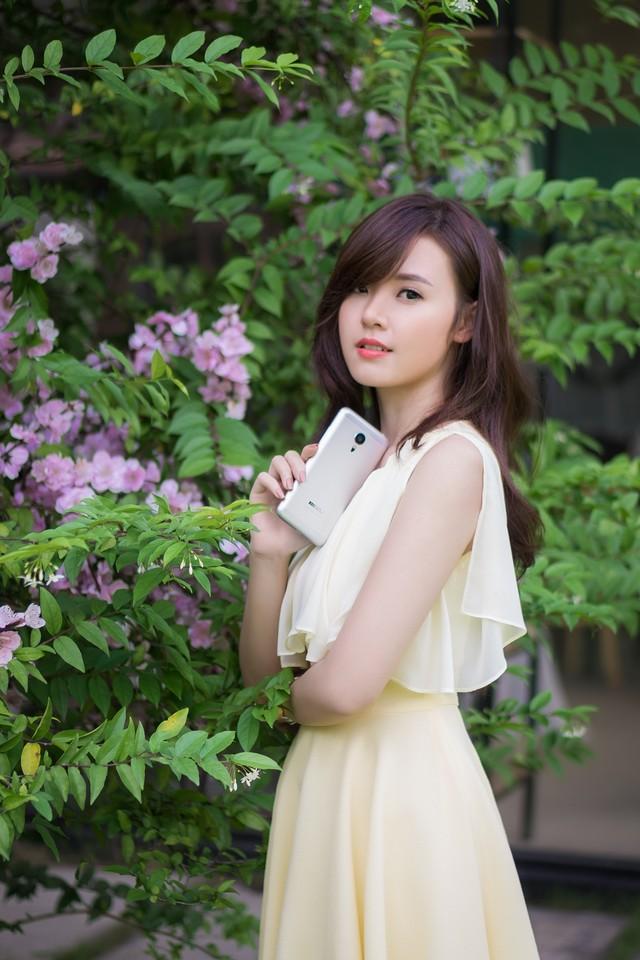 ảnh hot girl Midu và Meizu MX5 4