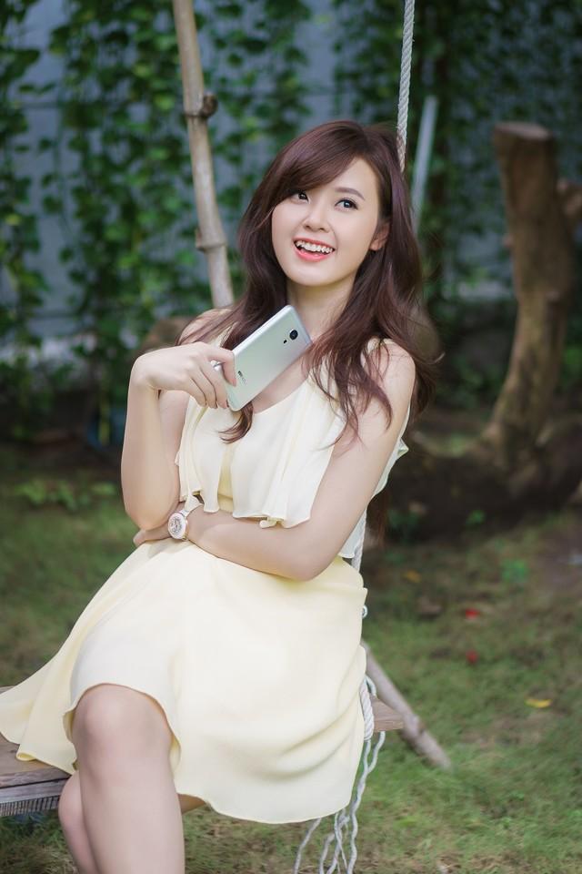 ảnh hot girl Midu và Meizu MX5 5