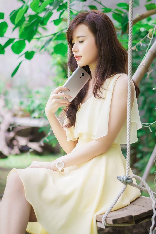 ảnh hot girl Midu và Meizu MX5 6