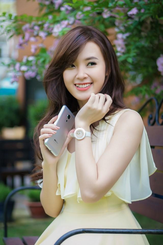 ảnh hot girl Midu và Meizu MX5 7
