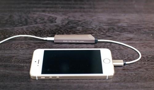 bo-khuech-dai-am-thanh-cho-smartphone-khong-can-dung-pin