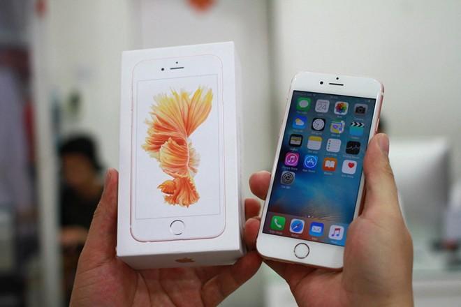 smartphone-cap-ben-viet-nam-thang-10-1