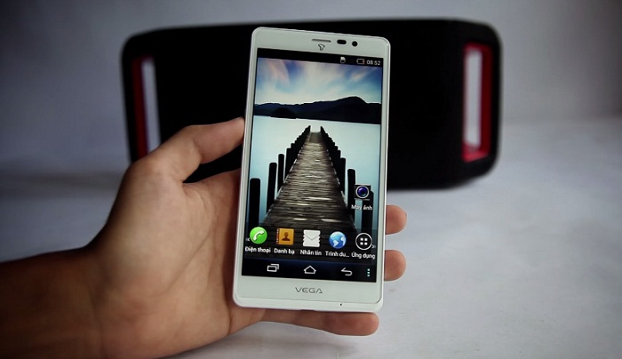 top-5-smartphone-camera-13-mp-gia-duoi-4-trieu-1
