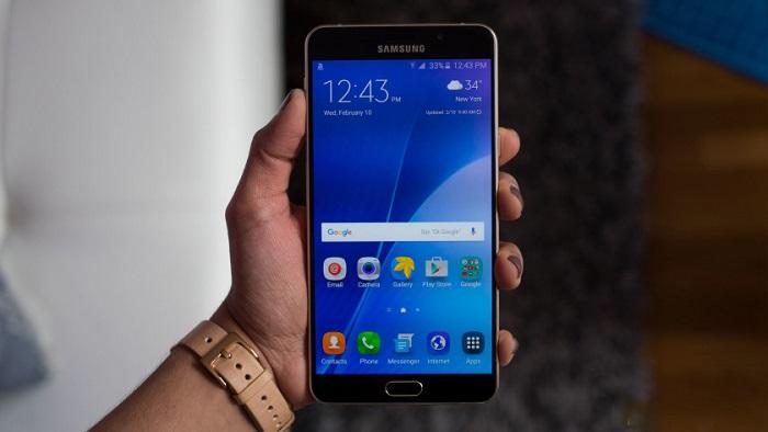 Samsung Galaxy A9 hay Nexus 6P 6