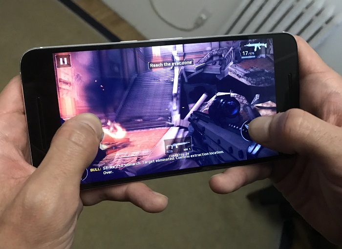 Huawei Nexus 6P chơi game