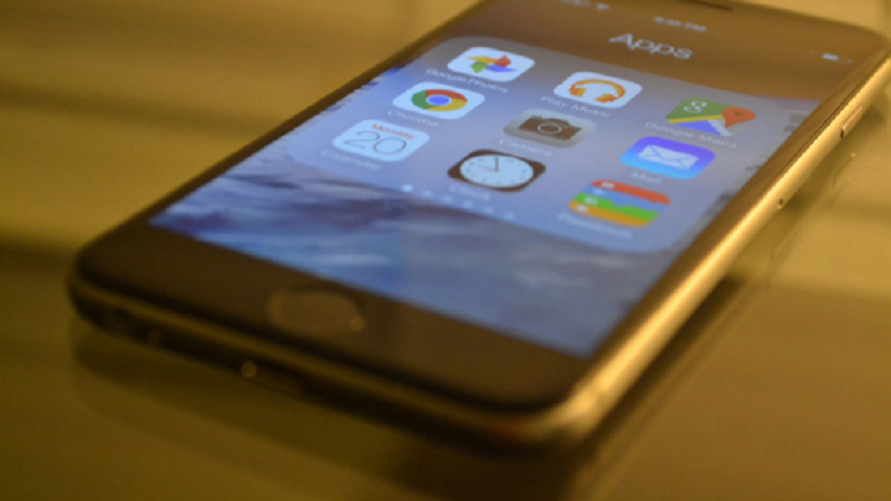 huong-dan-cach-mang-app-drawer-cua-android-len-iphone-chay-ios-8-ios-9