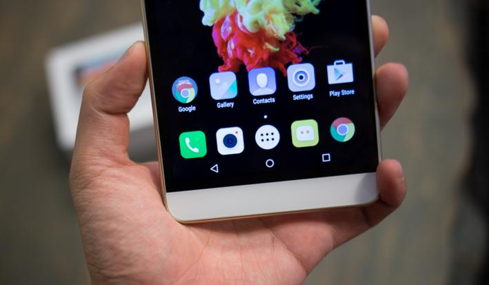 Lenovo Phab Plus – Smartphone có màn hình siêu lớn tại Việt Nam