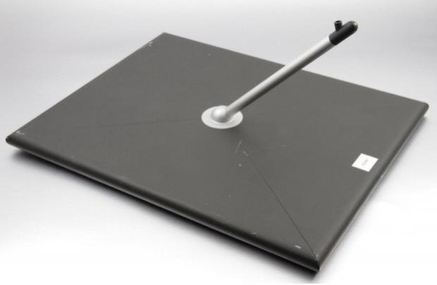 Apple từng nghĩ đến mẫu iPad có chân đế.