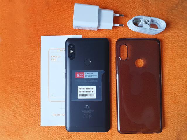 Xiaomi Redmi Note 5 máy và phụ kiện