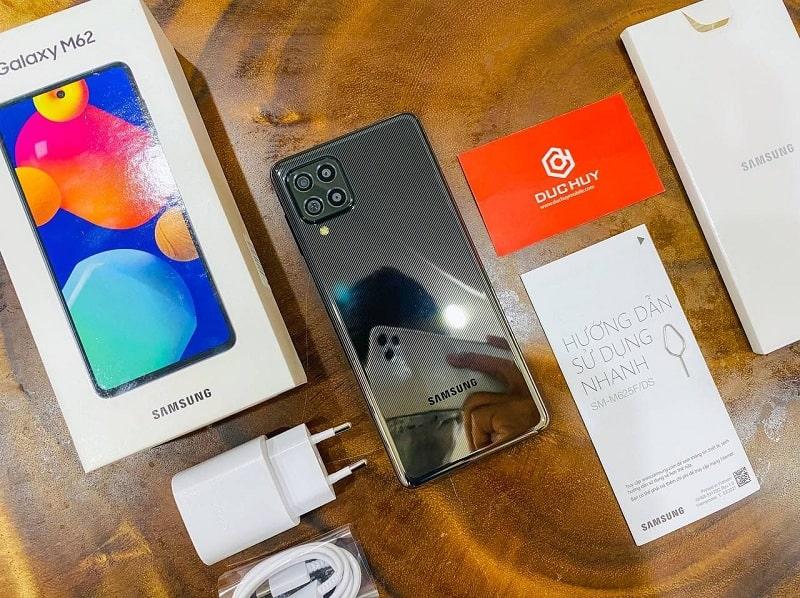 Đập hộp Samsung Galaxy M62