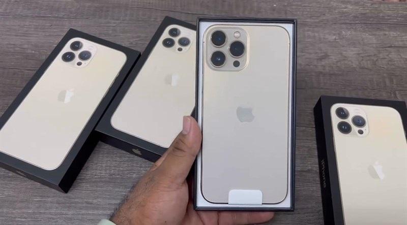 Đập hộp iPhone 13 Pro Max