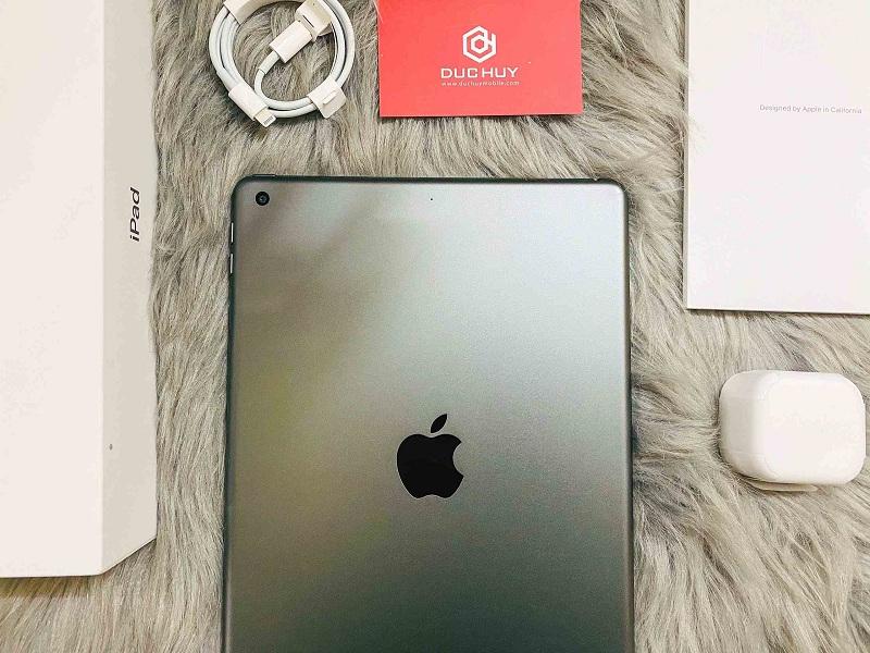 camera iPad Gen 8