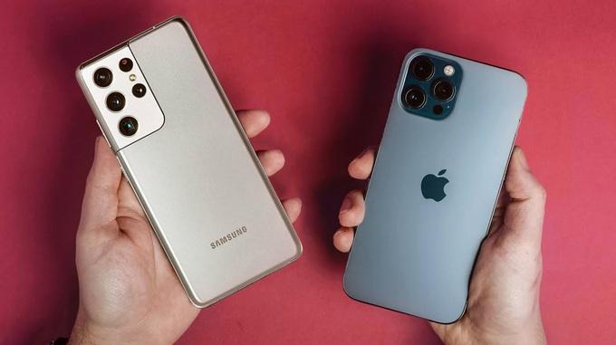 thiết kế iPhone 12 Pro Max vs Galaxy S21 Ultra 5G