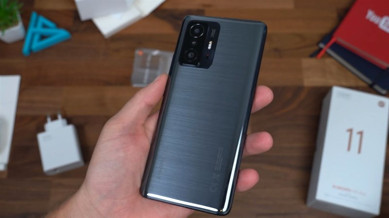 Trên tay Xiaomi 11T Pro 5G