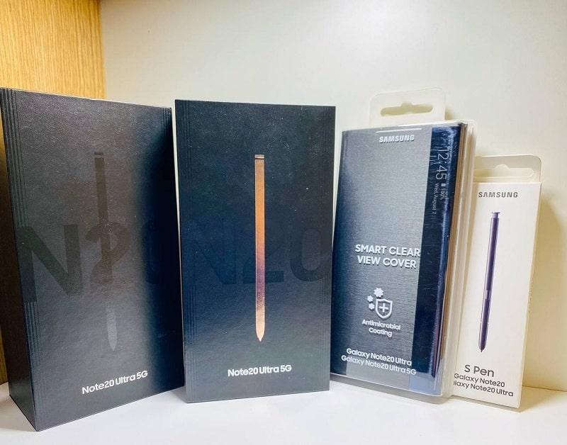 Galaxy Note 20 Ultra và ốp lưng, cover