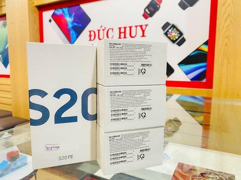 Galaxy S20 FE Snapdragon 865
