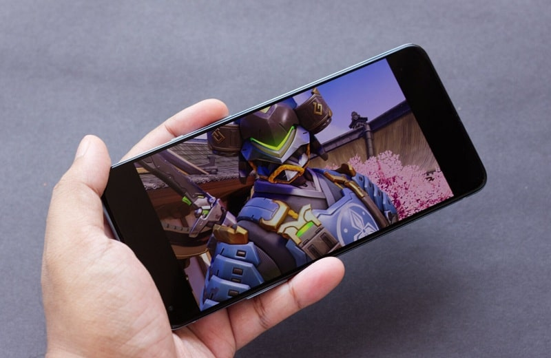 màn hình OnePlus 9R