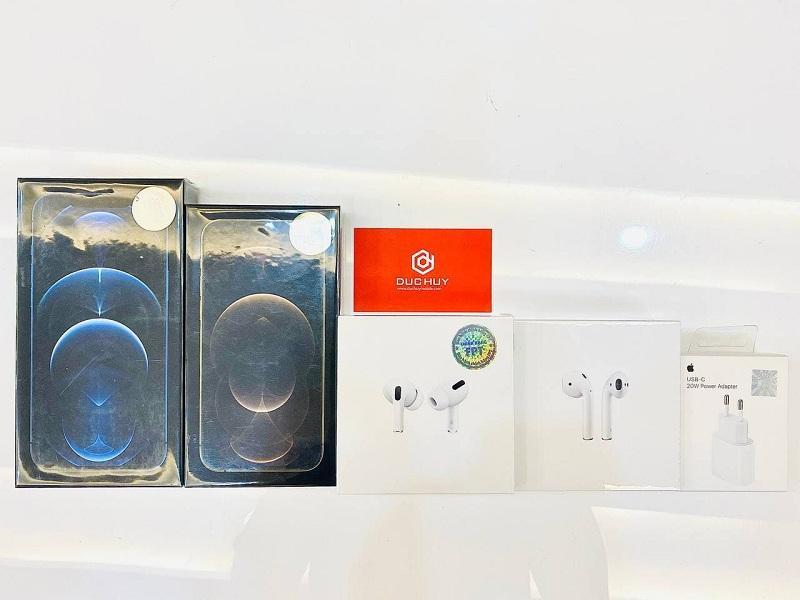 iPhone 12 Series và tai nghe