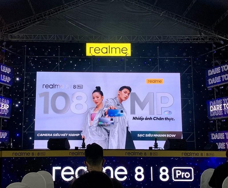 Realme 8, Realme 8 Pro