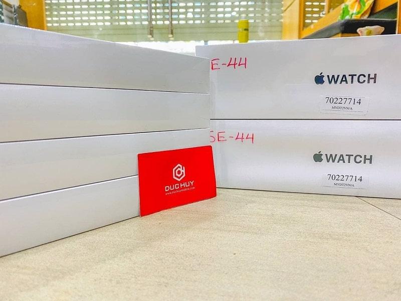 Đồng hồ Apple Watch SE 44mm
