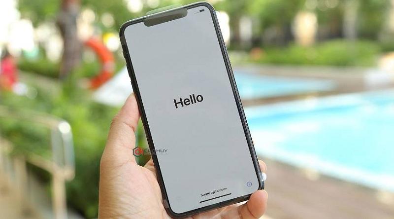 màn hình iPhone 11 Pro Max trôi bảo hành
