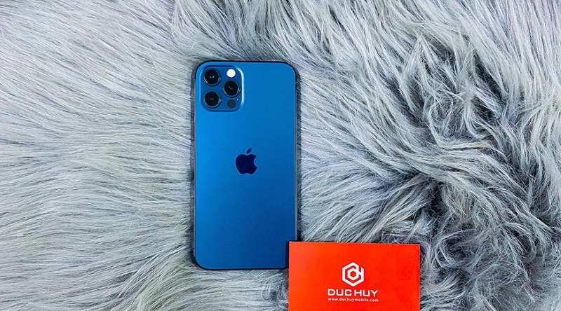iPhone 12 Pro mặt lưng