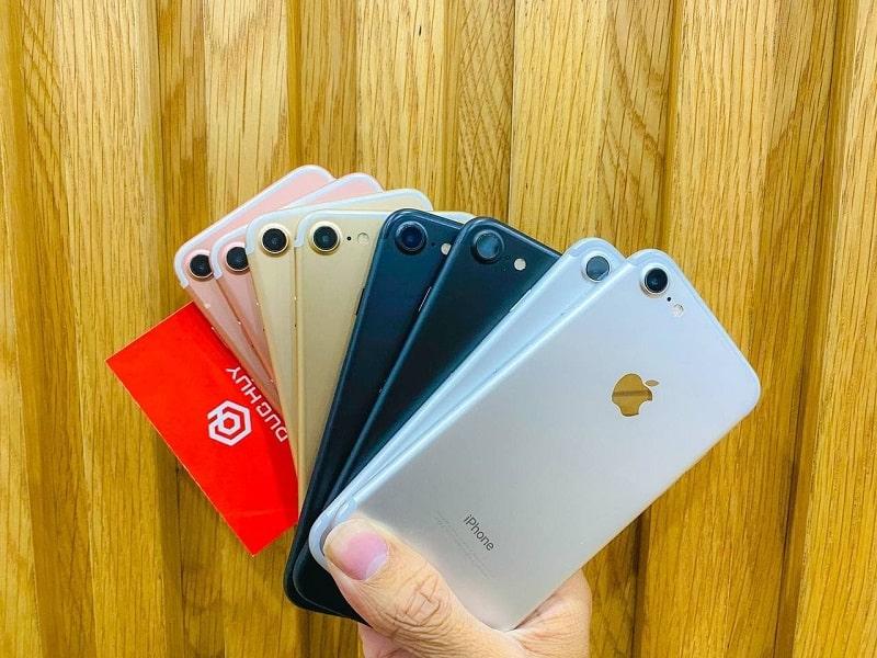 Trên tay iPhone 7 32GB cũ quốc tế