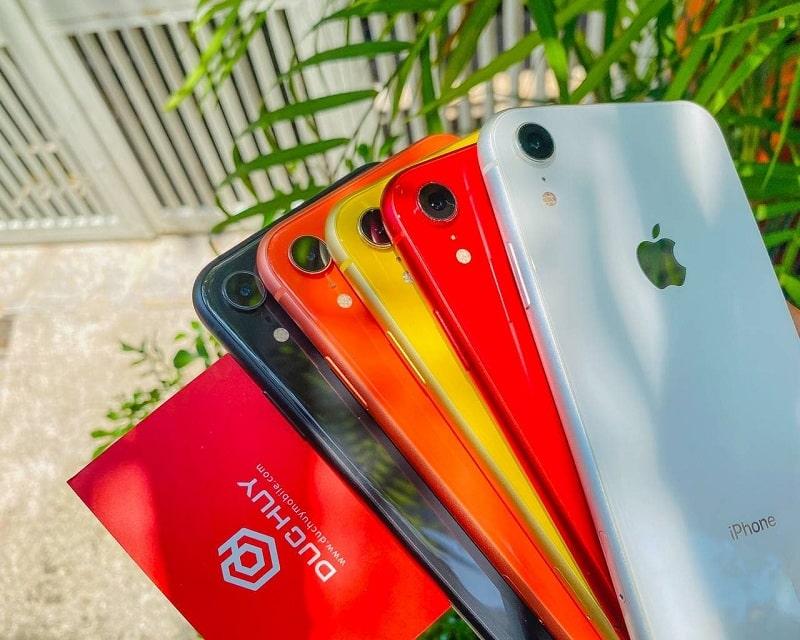 trên tay iPhone XR 64GB Chưa Active