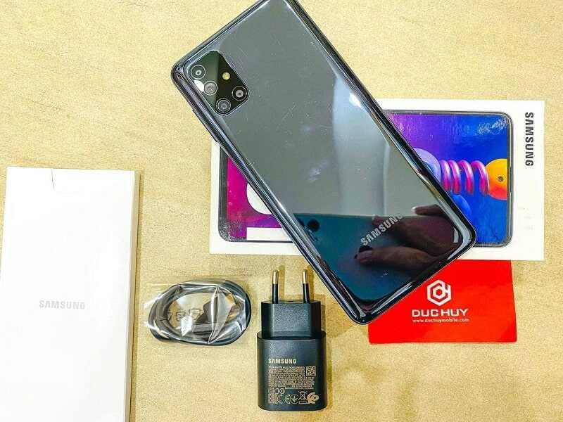 thiết kế Samsung Galaxy M51 cũ