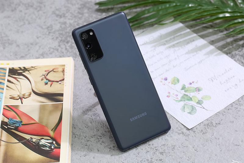 Mặt sau Samsung Galaxy S20 FE Snapdragon 865
