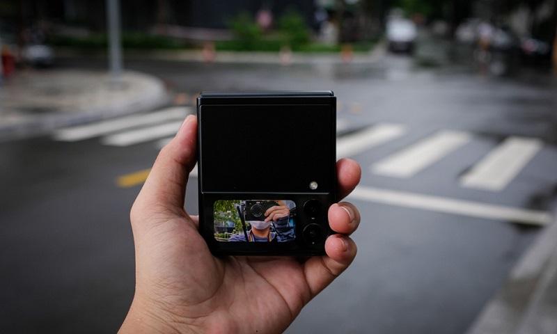 Camera phụ Samsung Galaxy Z Flip 3 5G 256GB