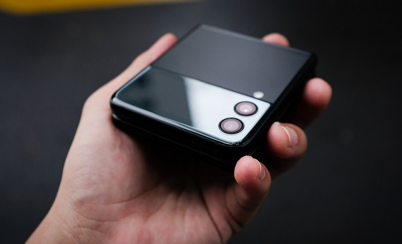 Thiết kế Samsung Galaxy Z Flip 3 5G 256GB