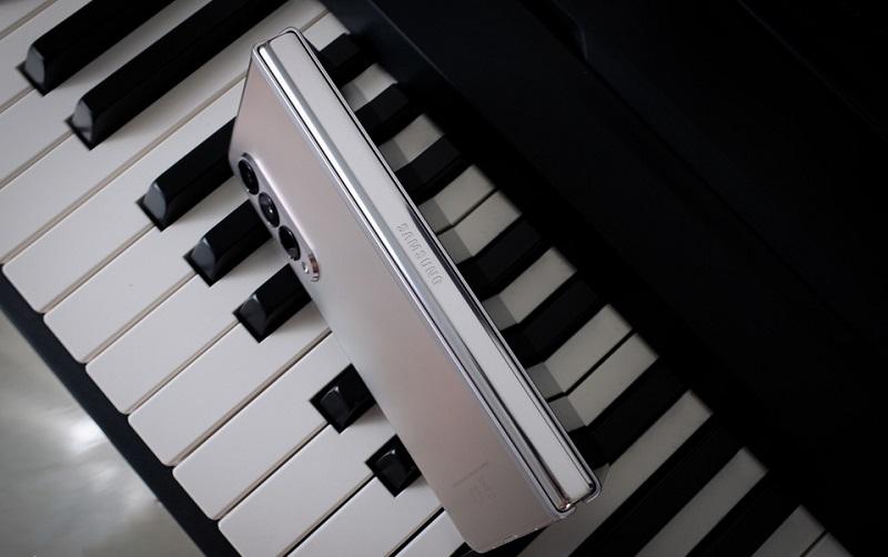 Thiết kế Samsung Galaxy Z Fold 3 5G