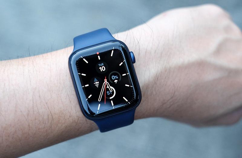 màn hình Apple Watch Series 6 40mm (GPS)