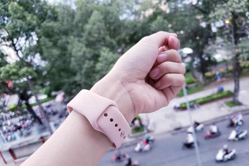 apple watch series đeo tay