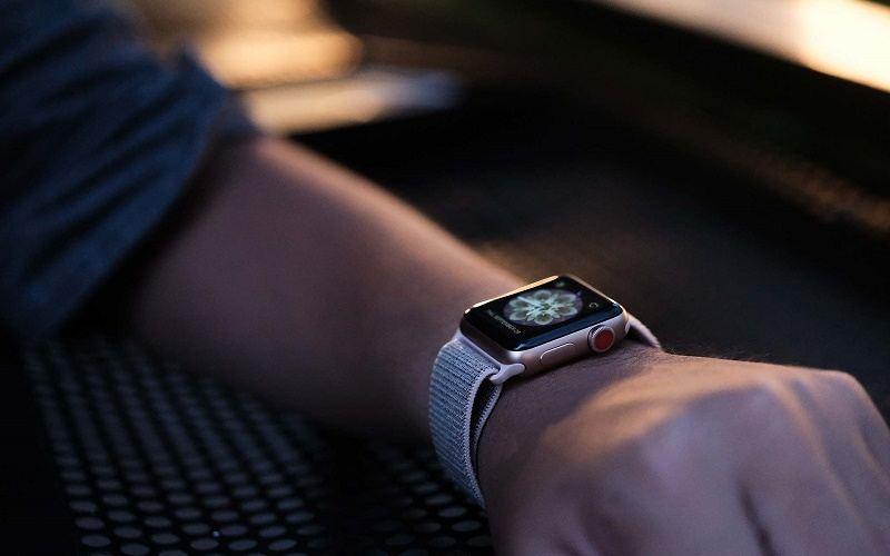 đánh giá apple watch series 3 lte thiết kế