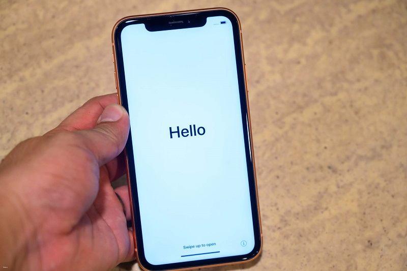 mở hộp iphone xr màn hình