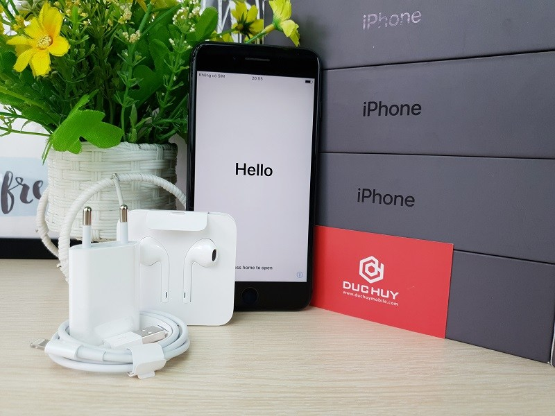 Nên mua iPhone 8 Plus cũ hay Samsung Galaxy Note 9 cũ 4